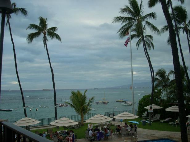 An enchanting beach in Honolulu, Hawaii