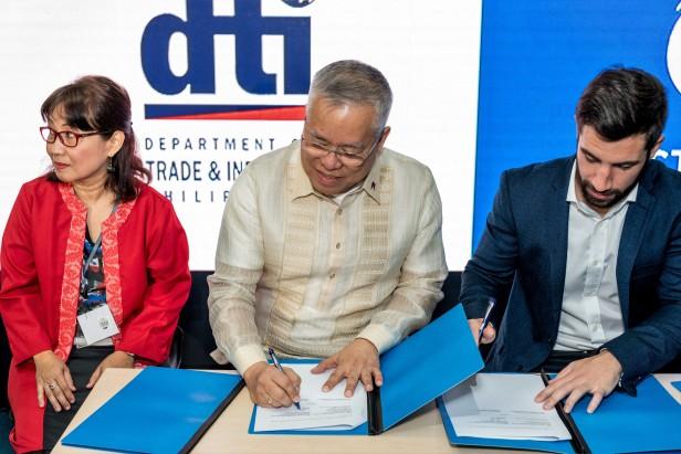 First Circle & DTI MOU Signing