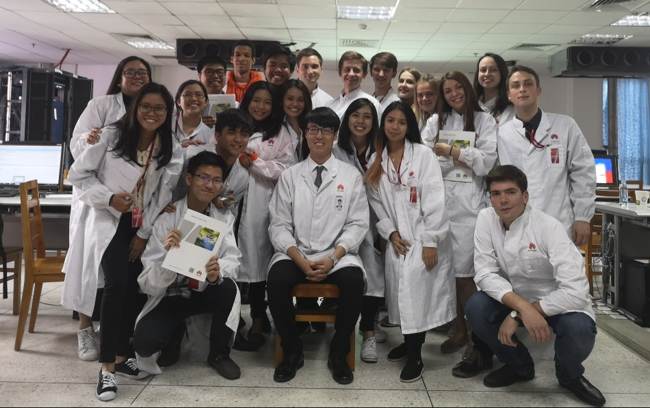 aa-F-in-the-lab.jpg