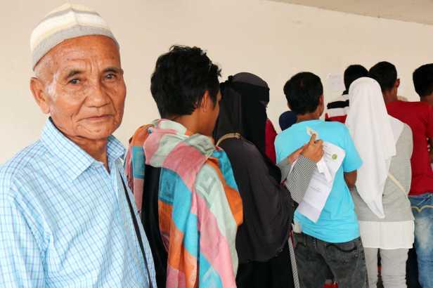 philippines-mindanao-icrc-red cross-maguindanao-marawi-livelihood-assistance-cash-grant_2